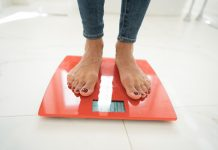 Standing on scales Obesity and Colorectal Cancer Risk in Women